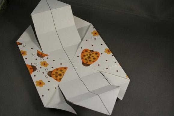 1469616209_korbka-iz-bumagi-1-sposob-7 Как сделать коробку из бумаги своими руками, с крышкой, оригами, без клея