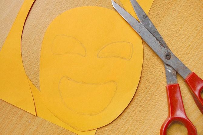 1527089466_prostaya-maska-iz-bumagi-2 Как сделать маску из бумаги своими руками. Маски на голову из бумаги — шаблоны, схемы. Как сделать объемную маску из бумаги