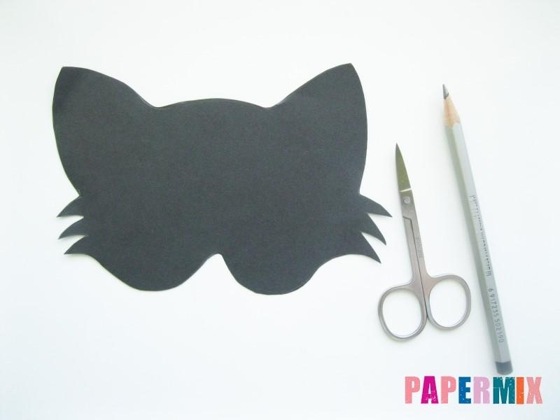 1527089493_maska-koshka-3 Как сделать маску из бумаги своими руками. Маски на голову из бумаги — шаблоны, схемы. Как сделать объемную маску из бумаги