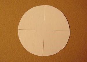 1529590220_romashki-iz-bumagi-8 Ромашки из гофрированной бумаги своими руками. Мастер-класс с пошаговыми фото